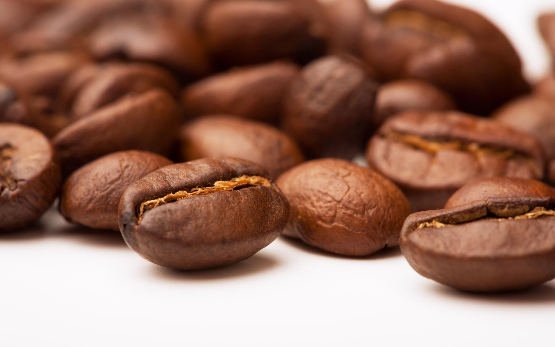 Только кофемолка поможет добиться подлинного аромата кофе
