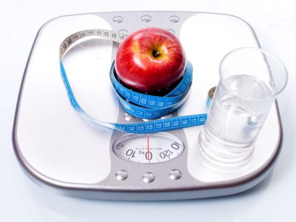 Весы всегда честны с вами. Верьте им, занимайтесь спортом, придерживайтесь диет.