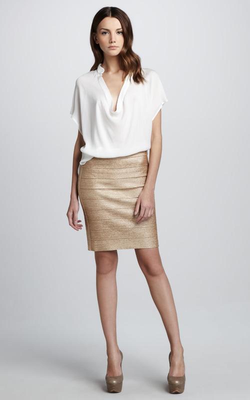 Любая девушка может найти свою идеальную блузку.