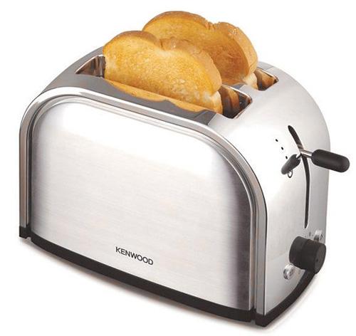 Выбирать тостер нужно с главного: чтобы всем хватило тостов!