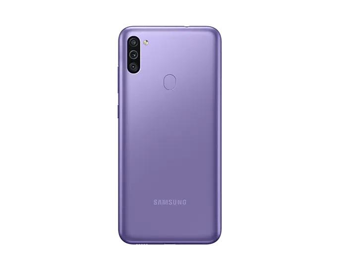 Дисплей смартфона Samsung Galaxy M11 : 6,4 дюйма (1560 x 720). Камера (задняя): 13/5/2 Мпикс. Размеры: 161,0 x 76,3 x 9,2 мм. Память: 32 GB / 1024 GB (microSDXC).
