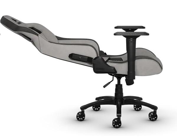 Кресло для игр Corsair T3 Rush: Вес: 25, 5 кг. Сиденье (Ш x Г): 42 x 50 см. Рекомендуемый размер: M. Наклон: 180 град.