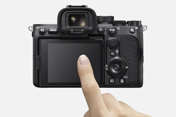 Фотоаппарат Sony Alpha A7S III: Разрешение матрицы: 12.2 Мпикс. Полнокадровая матрица: ДА. Тип матрицы: CMOS. Разрешение: 4240 x 2832. ЖК-экран: 3 дюйма. Оптический стабилизатор объектива: НЕТ. Видео: 4K 120p.