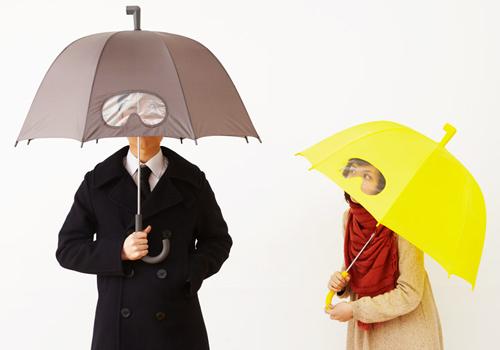 С таким зонтом оригинально и удобно.