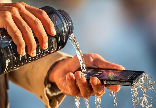 Смартфон Sony Xperia Z1 (январь 2014)
