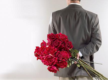 Что подарить на 8 марта? Конечно, любовь и внимание!