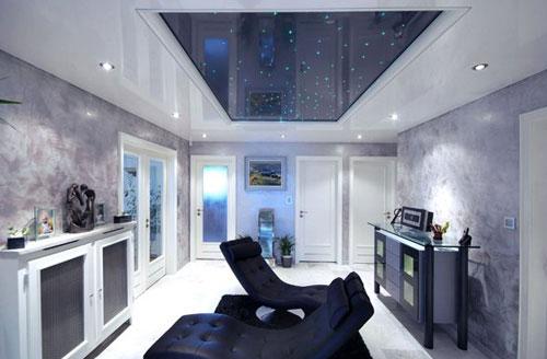 Самые качественные натяжные потолки производятся во Франции.