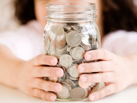 Открыть вклад в банке всегда выгоднее и эффективнее, чем просто хранить деньги.
