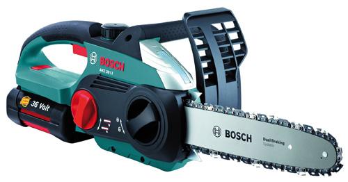 Bosch AKE 30 LI – лучшая аккумуляторная цепная пила рейтинга 2016 года.