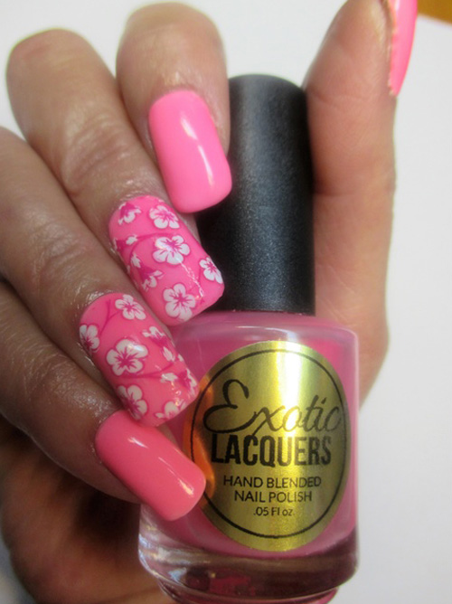 Смешанная техника. Розовые цветы на ногтях.