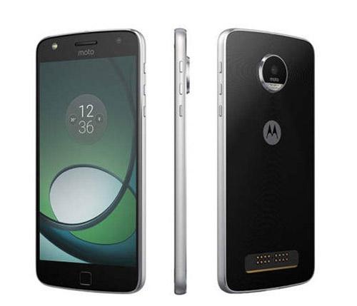 Смартфон с хорошей батареей Motorola Moto Z Play.