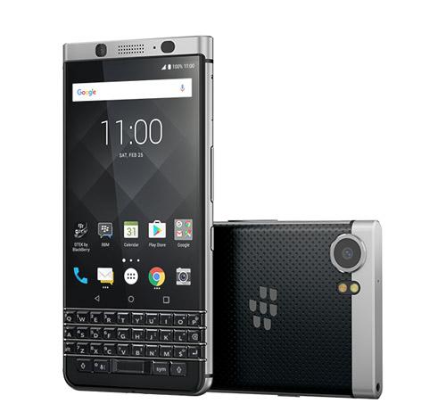 Смартфон с хорошим аккумулятором BlackBerry KeyOne.