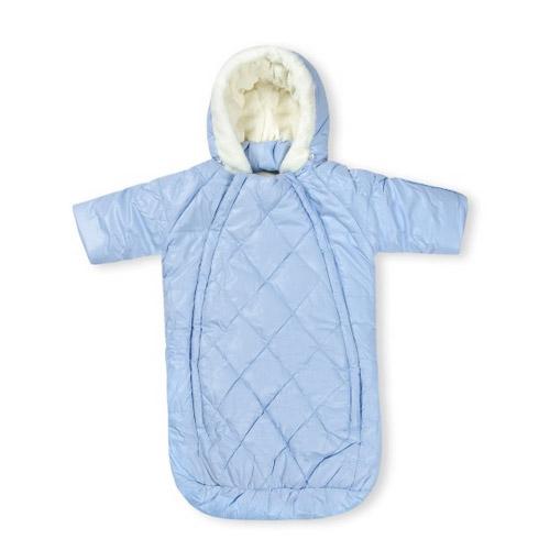 Определяясь с типом детского зимнего комбинезона, помните о практичности.