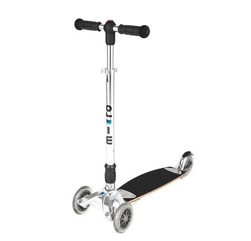 Кикборд – новый вид детского транспорта, гибрид скейта и самоката.