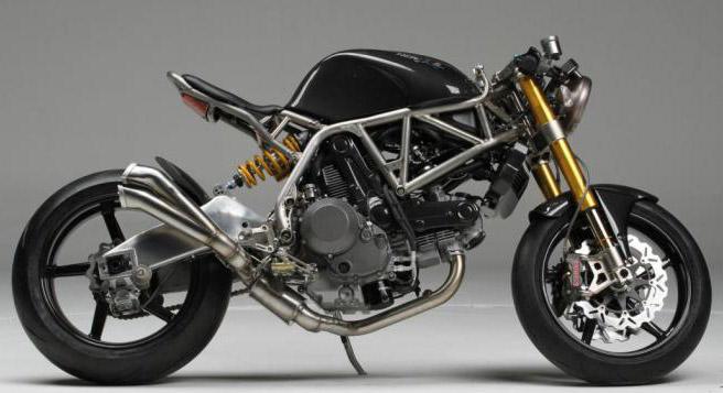 Фото быстрого, легкого и красивого мотоцикла NCR Macchia Nera.