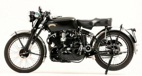 Фото быстрого и красивого мотоцикла NCR Macchia Nera из 50-ых годов.