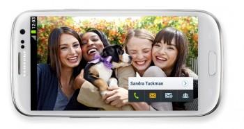 Функция Social tag от Samsung – социальный сети стали ближе